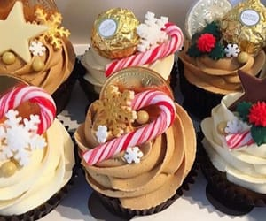 christmas, cozy, and cupcakes image