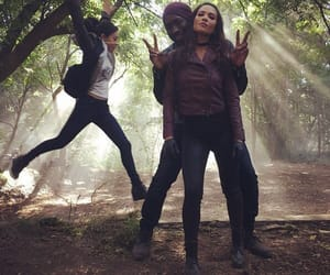 aimee garcia, lesley ann brandt, and lucifer cast image