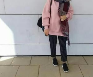 girl, pink, and winter image