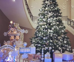 aesthetic, christmas tree, and decoration image