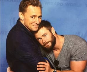 chris hemsworth, tom hiddleston, and Marvel image