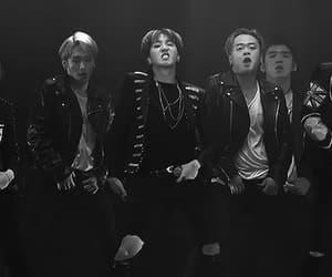 black & white, v, and min yoongi image