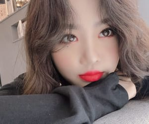 (g)i-dle, soojin, and kpop image
