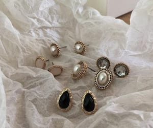 jewelry, accessories, and aesthetic image