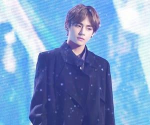idol, kpop, and model image