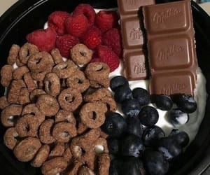 breakfast, chocolate, and healthy image