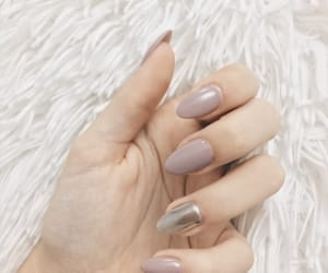 aesthetic, chrome, and nail image