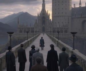 hogwarts and fantastic beasts image