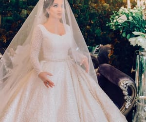 bride, Couture, and glamour image
