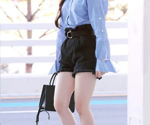 idle, kpop, and airport fashion image