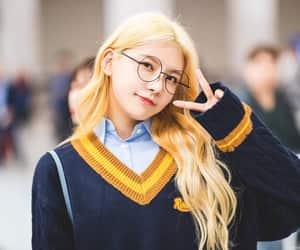 blonde, gugudan, and glasses image
