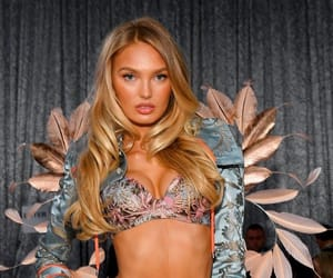 vsfs and romee strijd image