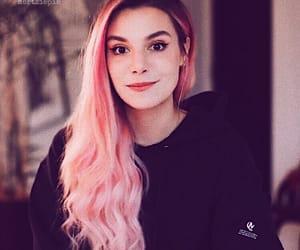 cutiepie, cutiepiemarzia, and youtuber image