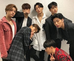 Ikon, bobby, and b.i image