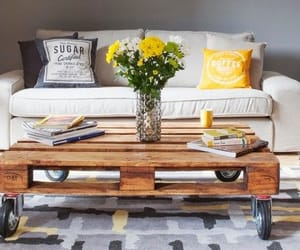 coffee table and coffee table decoration image