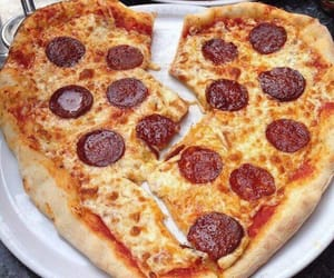 heart, pizza, and pizza heart image
