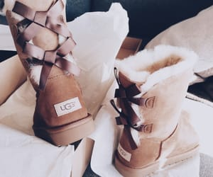 christmas, girls, and ugg image