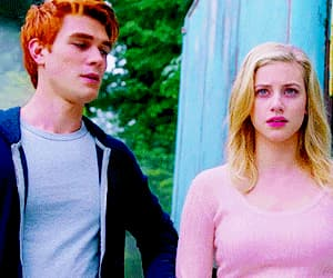 gif, archie andrews, and lili reinhart image