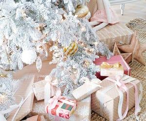 holiday, pink, and chrsitmas image