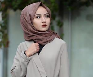 girl, hijab, and حجاب image