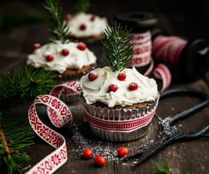 christmas, holiday, and cupcake image