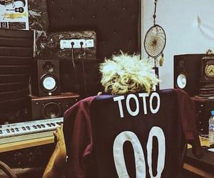 pablo, studio, and toto image