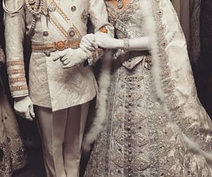 couple, dynasty, and monarchy image