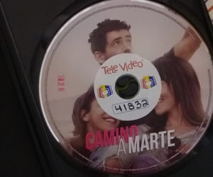 dvd, pelicula, and love image