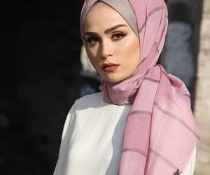 hijab fashion and girls beautiful style image