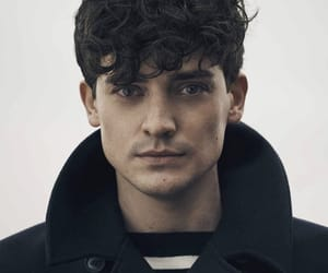 actor, aneurin barnard, and dunkirk image