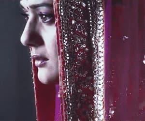 gif, shah rukh khan, and love image