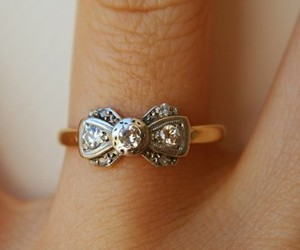 ring, bow, and style image