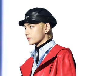 aaa, blonde, and kim taehyung image