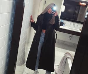 kylie jenner, outfit, and beauty image