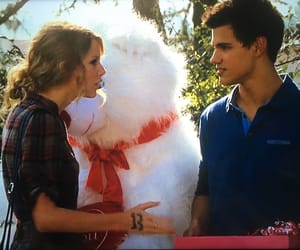 day, valentinesday, and taylorlautner image