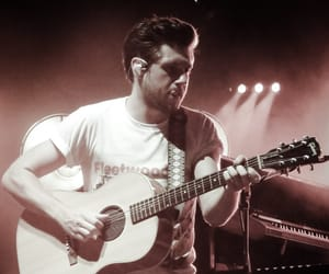 guitar, tour, and 1d image