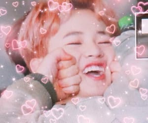 kpop, chenle, and cupidcore image