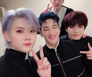 JR, ren, and nu'est image