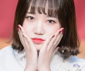 yoojung, choi yoojung, and weki meki image