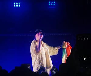 billie, concert, and hair image