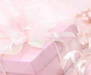 christmas, gift, and pink image