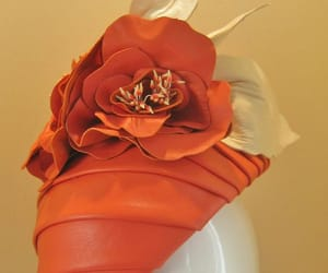 derby, flowers, and hairpiece image