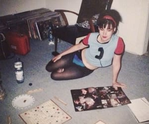 1990s, rebel girl, and 90s image