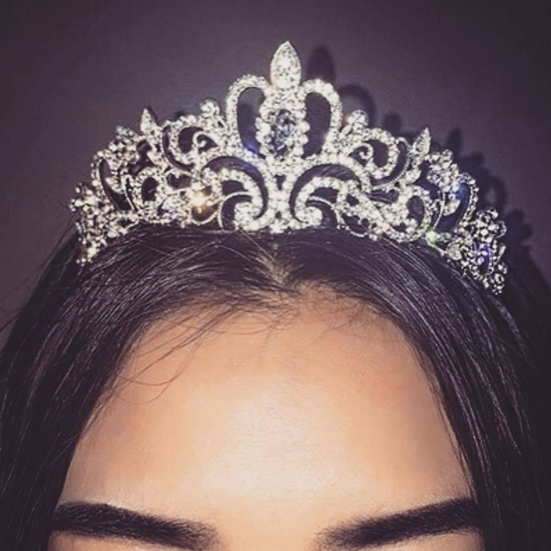 Картинки короны королевы на аву
