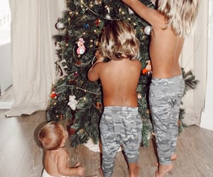 aesthetic, christmas tree, and cute image