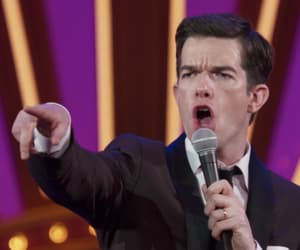 john mulaney, reactions, and reacciones image