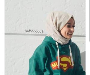 girly and hijab image