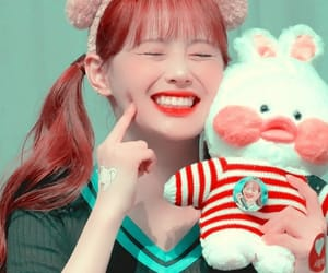 chuu, loona, and icon image