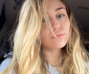 blonde, miley cyrus, and cyrus image
