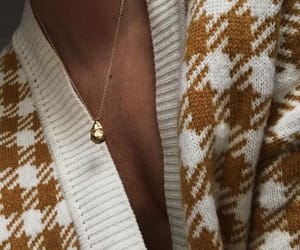 accessories, model, and necklaces image